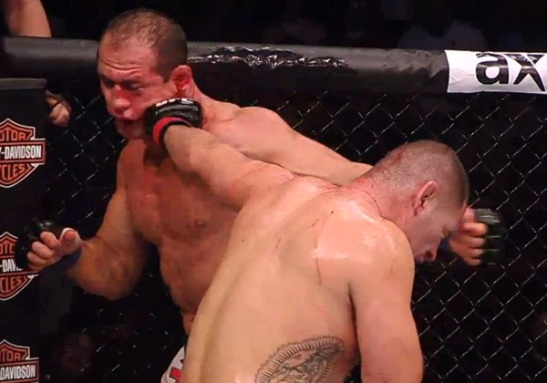 Cain Velasquez vs Junior dos Santos Phantom Cam