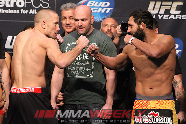 36-Georges-St-Pierre-Johny-Hendricks-9339-UFC-167-w