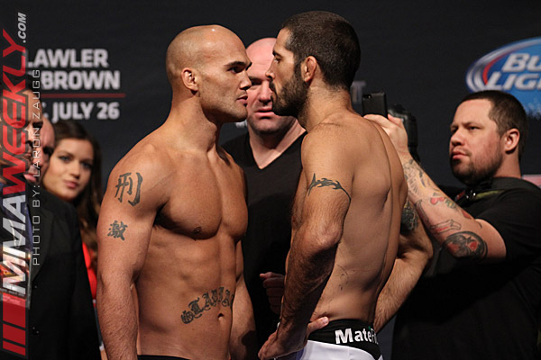 03-Robbie-Lawler-Matt-Brown-UFC-on-FOX-12-w