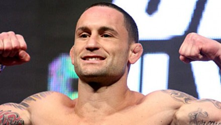 Frankie-Edgar-UFC-162-weigh-1-750