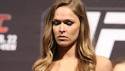 Ronda-Rousey-UFC-170-weigh-750