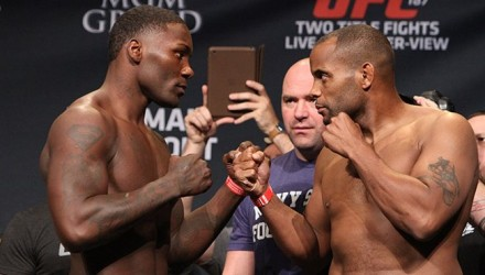 06-Anthony-Johnson-Chris-Cormier-UFC-187-w-750