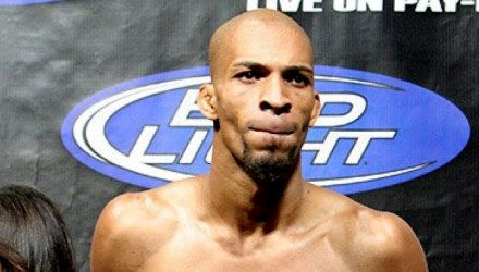 Corey-Hill-UFC-86-weigh-750