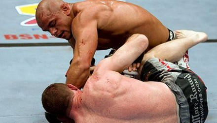 Thiago Alves vs Matt Hughes UFC 185 750