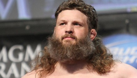 Roy-Nelson-UFC-146-weigh-750