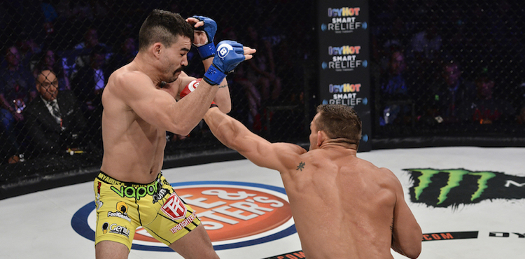 Michael Chandler KOs Patricky Pitbull at Bellator 157