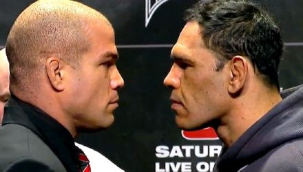 Tito Ortiz vs Antonio Rogerio Nogueira at UFC 140