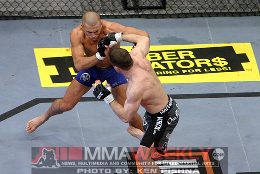 Georges St-Pierre vs Matt Hughes at UFC 79