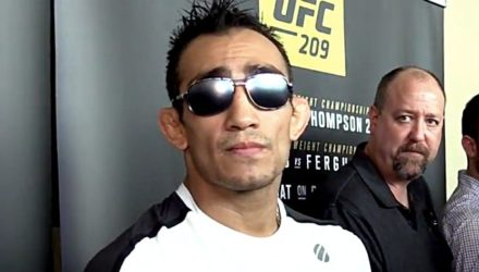 Tony Ferguson UFC 209 scrum