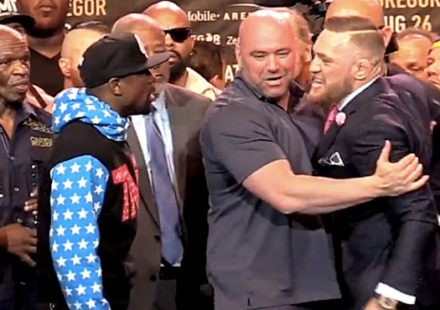Floyd Mayweather vs Conor McGregor Face Off Dana White middle