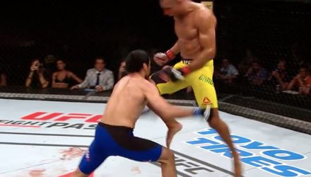 Edson Barboza Flying Knee Knockout