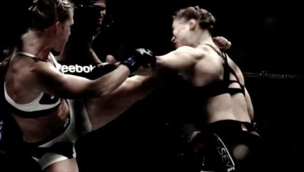 Holly Holm head kicks Ronda Rousey