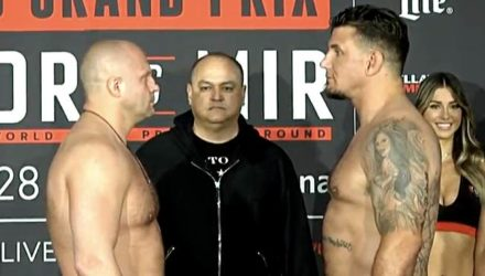 Fedor Emelianenko vs Frank Mir - Bellator 198 weigh-in