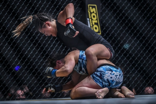 Angela Lee mounted on Mei Yamaguchi at ONE Unstoppable Dreams
