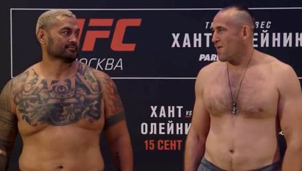 Mark Hunt and Aleksei Oleinik at UFC Moscow weigh-in