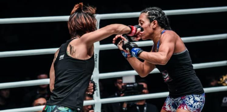 Atomweight women make a splash at ONE: Age of Dragons in Beijing - MMAWeekly