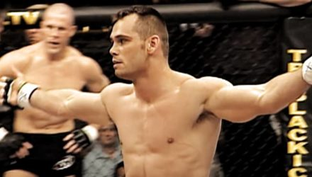 Rich Franklin KOs Evan Tanner at UFC 42