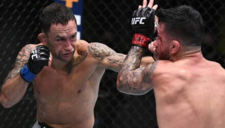 Frankie Edgar jabs Pedro Munhoz at UFC on ESPN 15