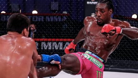 Phil Davis front kicks Lyoto Machida at Bellator 245