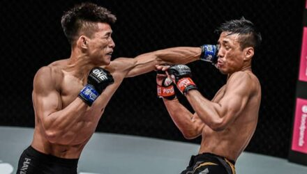 Tang Kai punches Keanu Subba at ONE Reign of Dynasties II