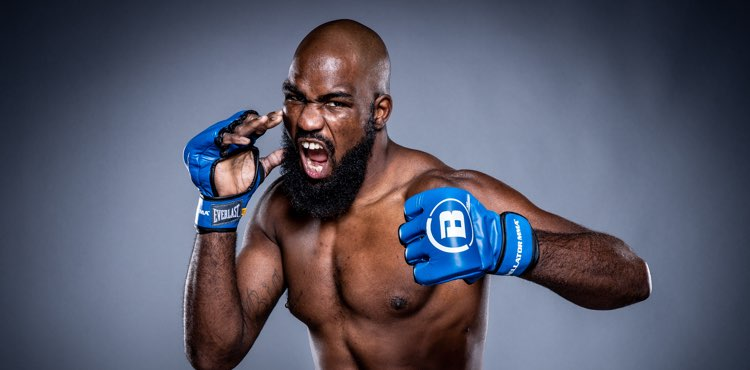 Corey Anderson, Dovletdzhan Yagshimuradov focused on each other