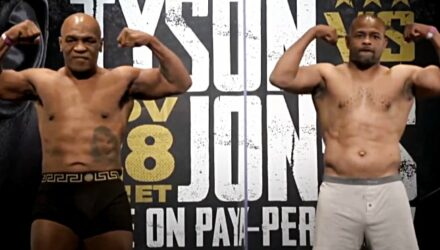 Mike Tyson vs Roy Jones Jr weigh-in and face-off
