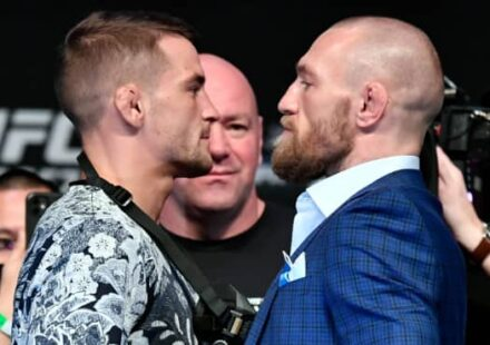 Dustin Poirier vs Conor McGregor UFC 257 presser face-off